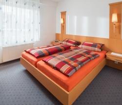 Sanddorn Schlafzimmer
